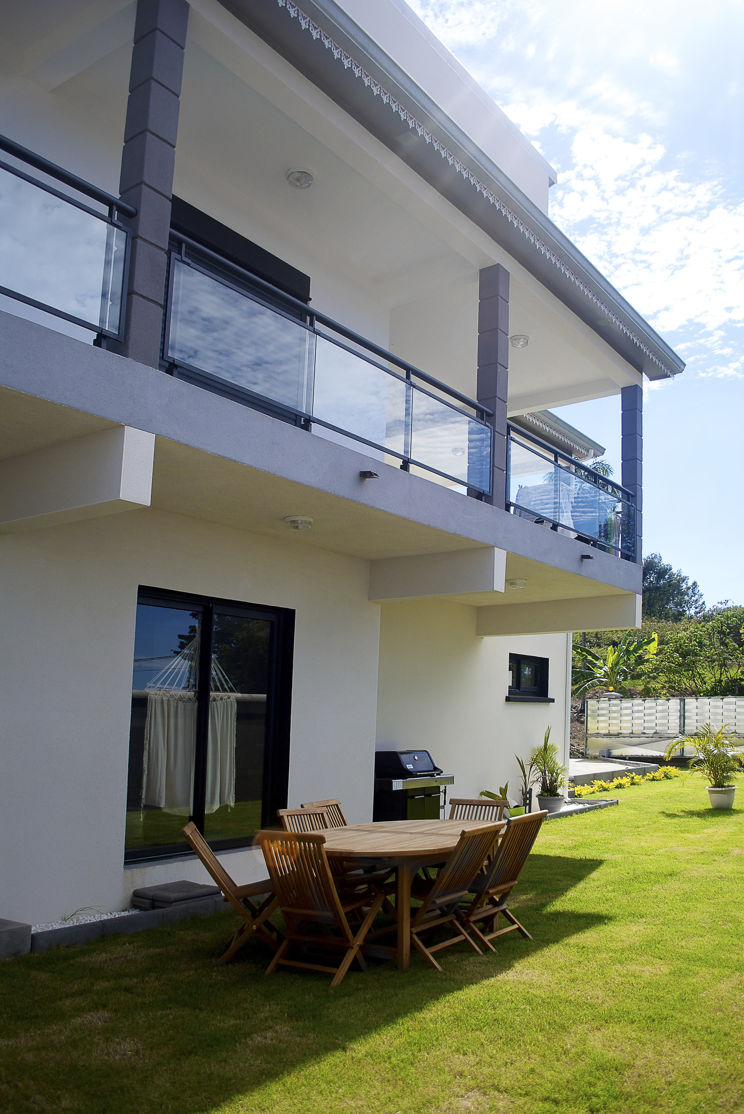 Why choose your aluminum balustrades?